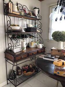Art Shoppe Bakers Rack