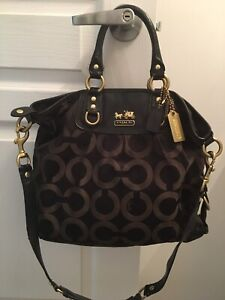 COACH BAGS AND WALLETS - AUTHENTIC