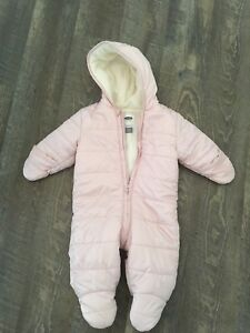 Old Navy Pink Lined Fleece Full Piece Snowsuit! 6-12 months