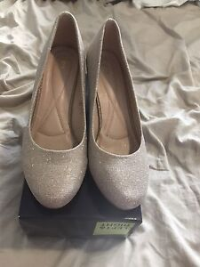 Gold Sparkly Heels Size 10 - worn once