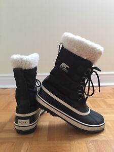 Sorel Boots Womans size 8