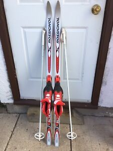 Junior size 35 X-Country Skis