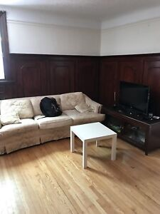 BEAUTIFUL - ALL INCLUSIVE - SANDY HILL SUMMER SUBLET