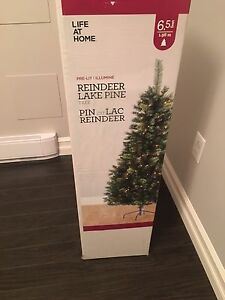 Brand new Christmas Tree