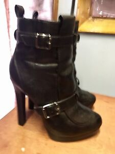 Brand new purse, size 6 ladies shoes