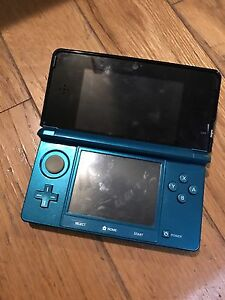 3DS with charging case, charger, 13 games