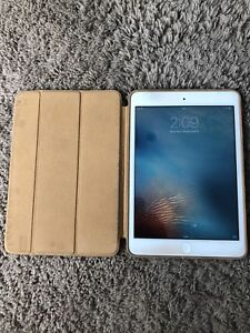 iPad mini 16 GB $200