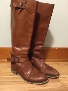 Size 8 Women's leather boots