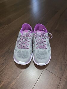 Sketchers Relaxed Fit Running Shoes