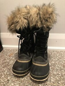 Sorel Joan of Arctic like new size 7 black