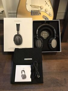 Bowers and Wilkins Noise Cancelling Wireless Headphones