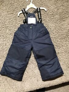 Size 2 snowpants, navy, great condition