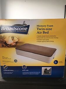 Twin size air bed