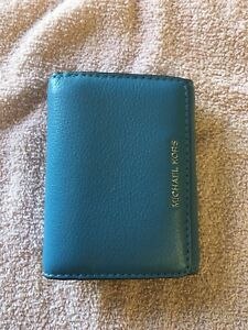 Small Michael Kors Wallet