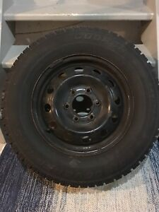 Snow tires 225/70R16 Cooper Discoverer on rims