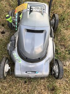 Electrical cordless lawn mover