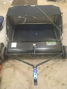 Lawn sweeper/grass sweeper