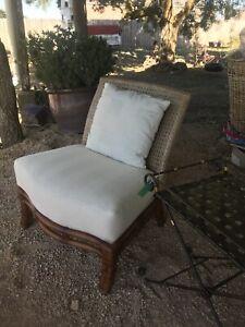 Wicker day chair