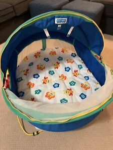 Fisher-Price infant sun shade / bug shelter