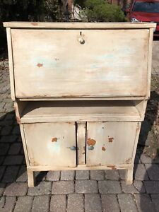 Curb Alert... vintage wooden cabinet with distressed painting