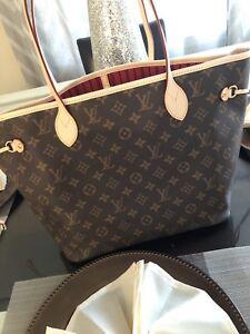 Louis Vuitton Neverfull MM purse