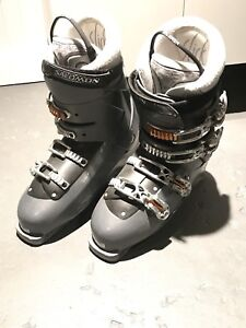Men's downhill ski boots for sale!