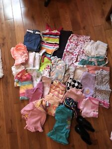 Baby girl clothing  3-6 months in mint condition.