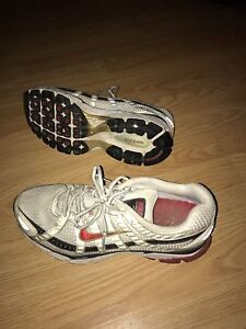 Size 11 Nike shoes