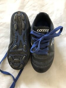 Soccer cleats size 10T