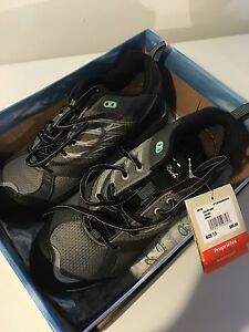 NWT wind river shoes