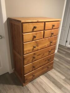 Oregon pine chest of drawers