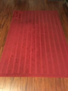 Tapis rug Ikea Herrup red rouge