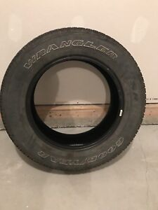 Goodyear Wrangler SRA Tires (Almost New) 275/60R/20