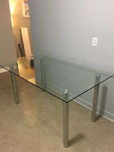 4-6 Person Glass Table with Chrome Legs