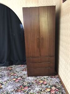 cabinets x4 for free! Epping Ryde Area Preview
