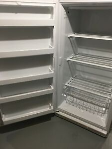 Whirlpool Upright Commercial Freezer 16 cu.ft