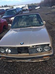 Pieces pour BMW 318 i 1992