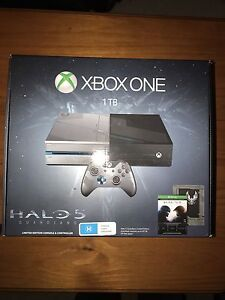 Xbox One 1 TB Limited Halo 5 Guardians Edition Wattle Grove Kalamunda Area Preview