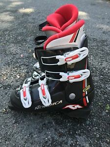 Boys Ski set 110cm boot size 4