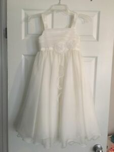David's Bridal Flower Girl Dress Size 8