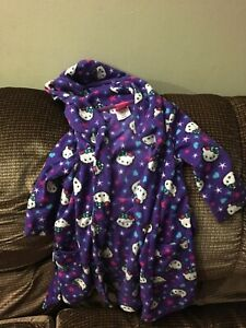 Size 3 Hello kitty robe $10