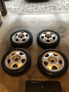 225/50/17 Goodyear winter tires w/ rims + TPMS