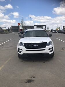 2017 Ford Explorer Sport - Winter & Summer tires incl.