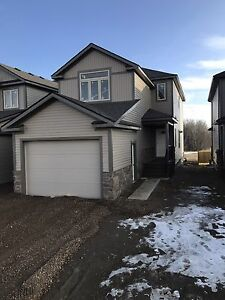 New home Wainwright Alberta 2501-6 ave