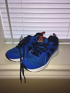 NWT boys sneakers