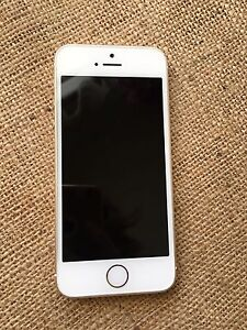 Gold iPhone 5s 16GB in Good Condition
