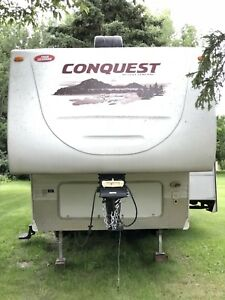 2011  Conquest By Gulf Stream 5th wheel