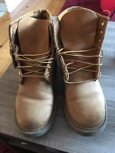 Timberland men's boots size 8.5
