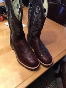 Very nice Canada West Boots