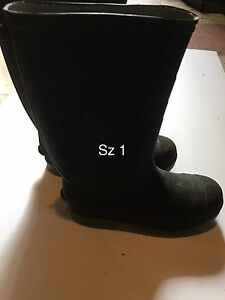 Boys boots. Rubber and winter. Sz 1, 2 & 3
